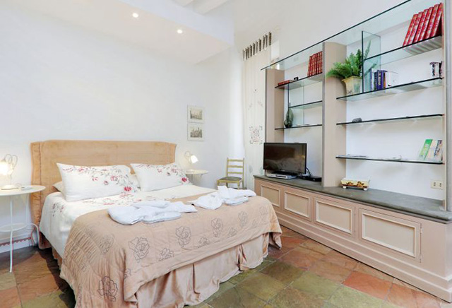 Alta Roma Fashion Week Hotels and Airbnbs