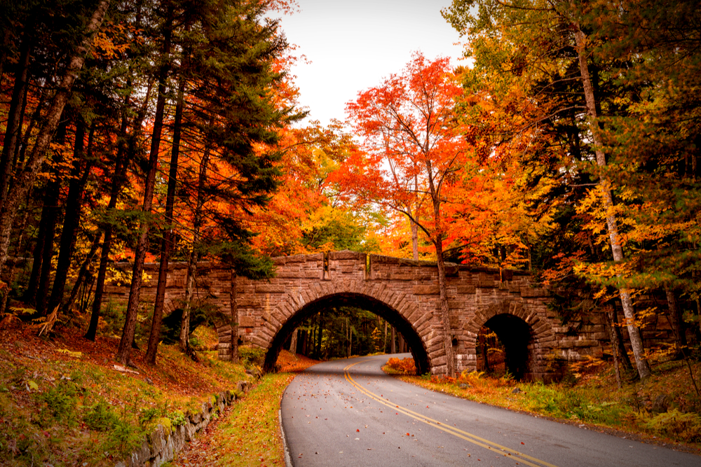 The Best Places to See Maine Fall Foliage - AllTheRooms - The Vacation  Rental Experts
