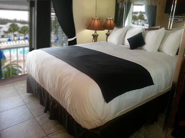 Nudist Resorts in Florida