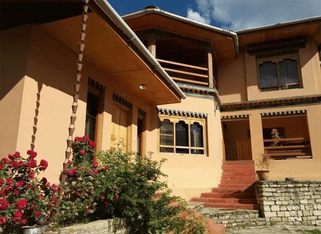 airbnbs in bhutan