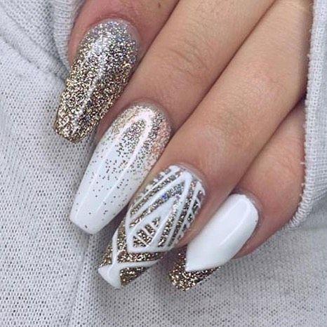 gold brokate glitter winter gel white nail art christmas design