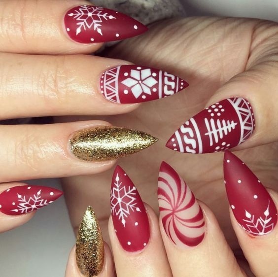 winter-nails-cute-designs-red-gold- white-glitter