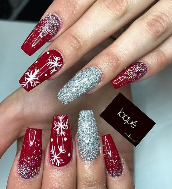 26 Red And Silver Glitter Nail Art Designs Ideas: 27 Christmas Nail Designs