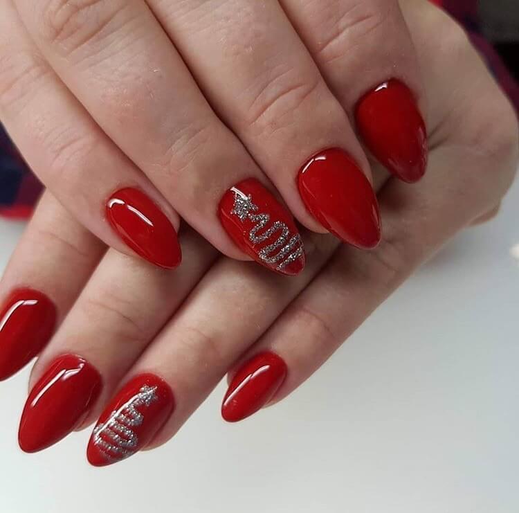 snow nails christmas tree winter manicure
