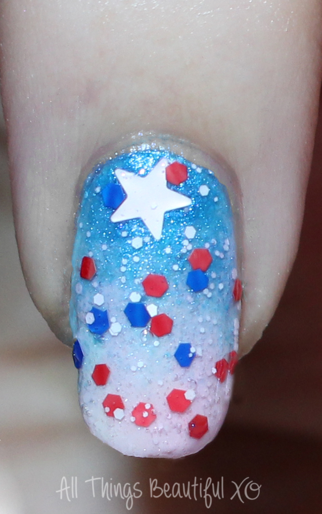 4th of July Glitter Ombre Firework Nail Art Macro on my 4th of July USA Nail Art with Stars, Glitter, & Ombre with Sinful Colors on All Things Beautiful XO   www.allthingsbeautifulxo.com