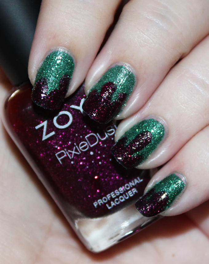 Christmas-y Berry & Green Textured Drip Nail Art Holiday Nails using Zoya Elphie & Zoya Lorna See more nail art, makeup looks, & beauty on All Things Beautiful XO