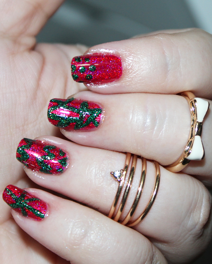 Some Holo Holiday Red Green Nail Art With Kbshimmer All Things Beautiful Xo