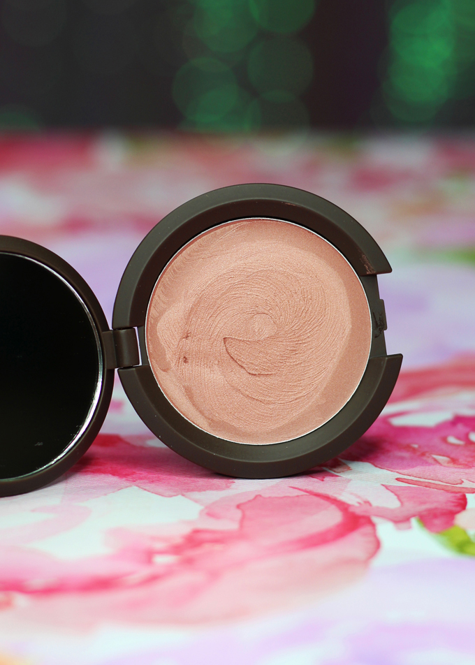 A peek at the Becca Shimmering Skin Perfector Poured Highlighters in the shades Moonstone, Topaz, Pearl, Rose Gold, & Opal including swatches & review on All Things Beautiful XO