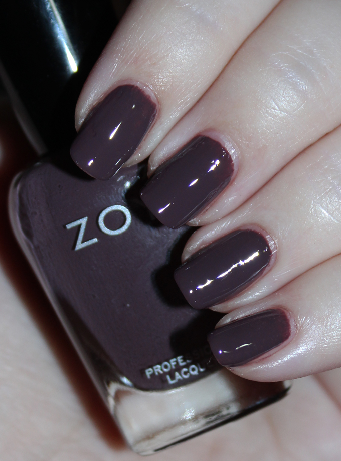This is Zoya Nail Polish in Debbie Swatches & Review Zoya Naturel 3 Collection including the shades Tatum, Cathy, Jill, Mary, Gina, & Debbie on All Things Beautiful XO