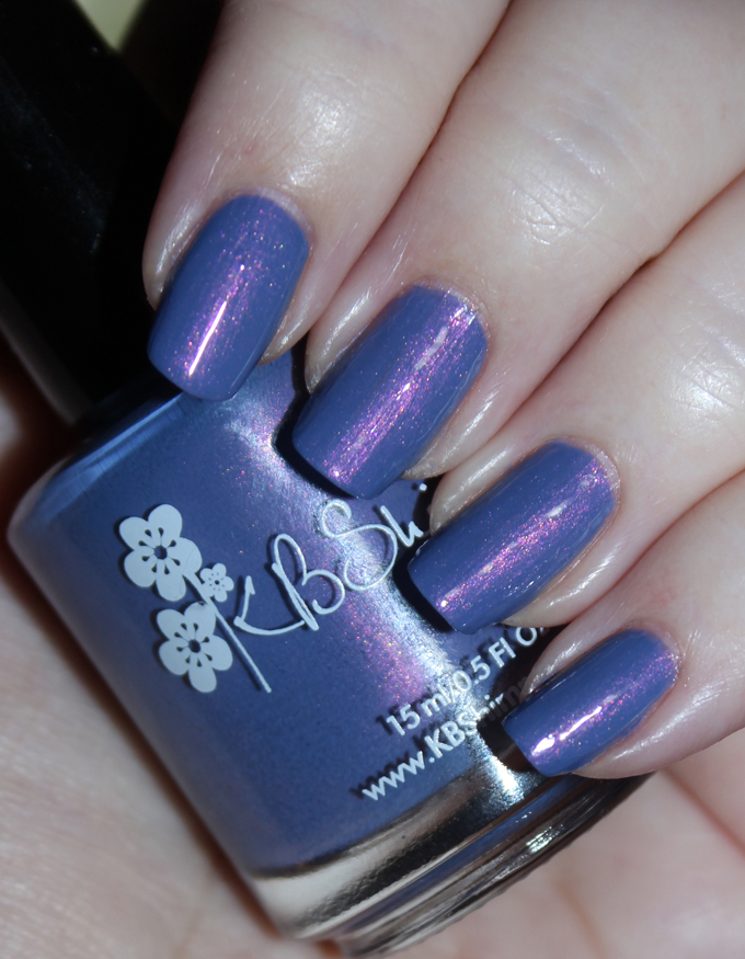 This is KBShimmer Got It Sandaled KBShimmer Nauti by Nature Collection Swatches & Review including a summer mani shot on All Things Beautiful XO