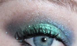 Mermaids. Ocean waves. Sparkle. These are a few of my favorite things! See my shifting green to blue eyeshadow look using Urban Decay! See more beauty, nail art, & makeup ideas on All Things Beautiful XO