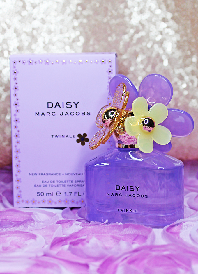 Marc Jacobs Daisy Twinkle is a must-have Beauty products make great gifts! What is something she might appreciate? Keep reading to see my recommendations for the perfect gifts, Mother's Day, & Birthdays on All Things Beautiful XO