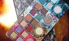 Swatches & review of the Urban Decay x Game of Thrones Eyeshadow Palette on All Things Beautiful XO