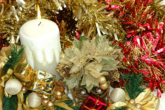 Large picture: Christmas tree candles. But there are also modern versions