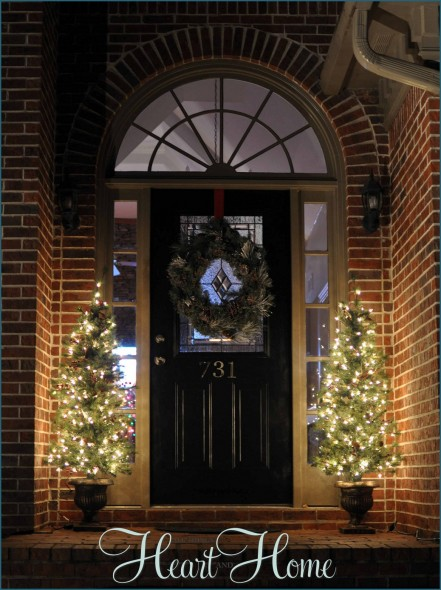 Decorating The Outside For Christmas All Things Heart