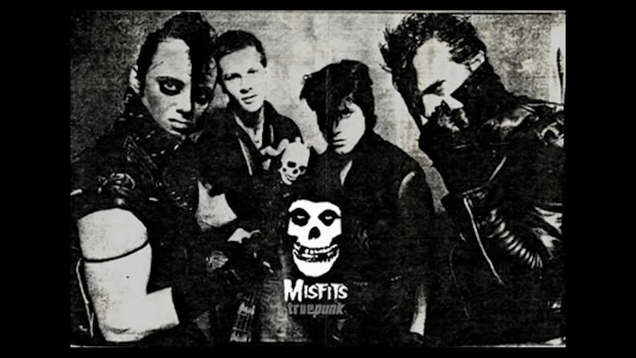 Falling In Reverse Wallpaper Hd Original Misfits Announce Reunion All Things Loud