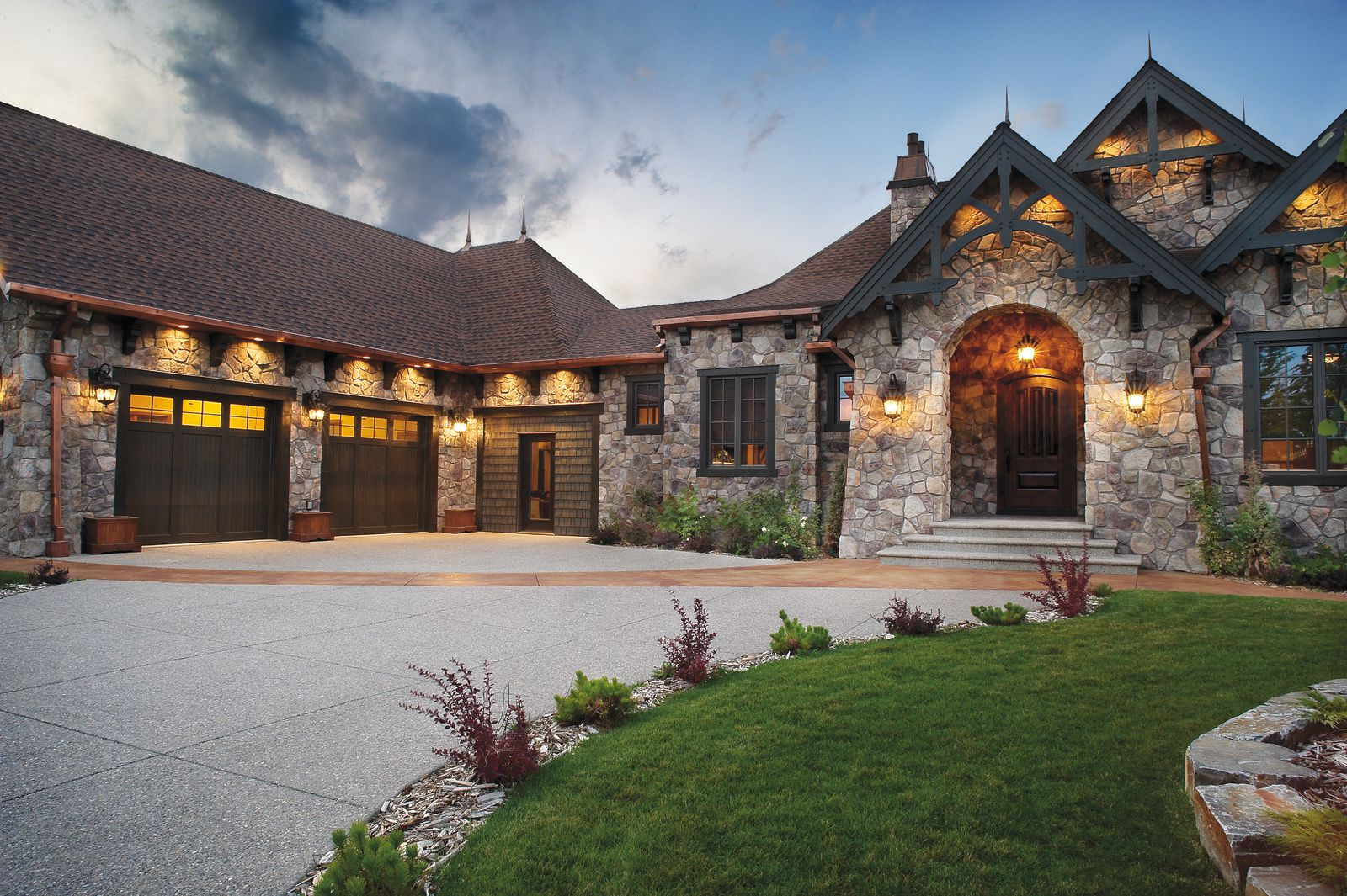 Dressed Fieldstone from Cultured Stone  Canadian Stone