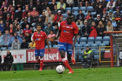 Atakora fick ta klivet ner och spela med U21-laget Foto: Björn Wijk