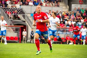 Mattias Lindström är den enda spelaren som finns kvar I klubben sedan Piter Esberg huserade där Foto: Samone Klinteberg