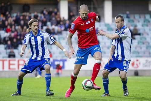 Robin Simovic lämnar Livorno