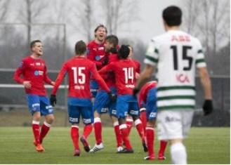 Spelarna firar efter Ajdarevic 1-0-mål Foto: Sebastian Lindberg / BILDBYRÅN