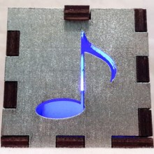 silver music note blue lit