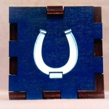 Horseshoe blue LED Gift Box white