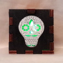 Sugar Skull Black lit green