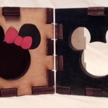 Mickey and Minnie Mouse LED Gift Box