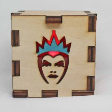 Evil Queen LED Box Red