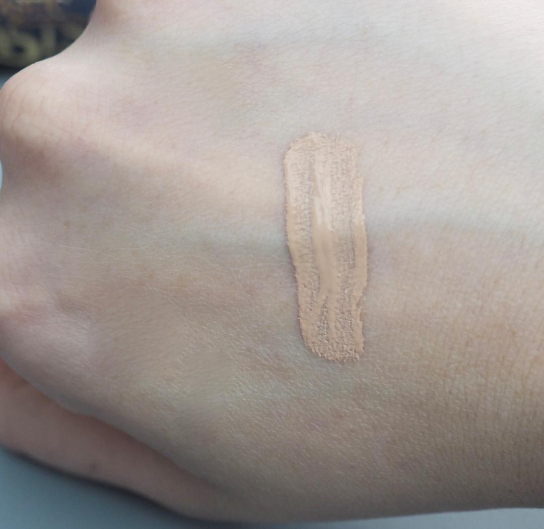 Estée Lauder Double Wear Stay In Place Flawless Wear Concealer Review