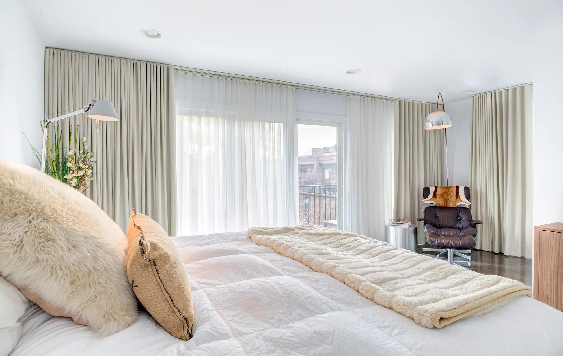 custom drapes curtains in