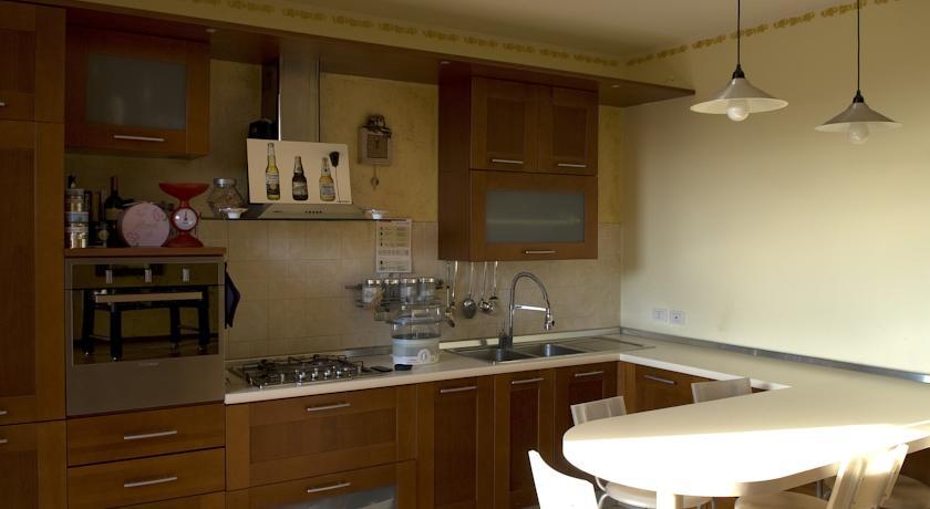 Cucina allamericana con penisola Appartamento Vacanza Assisi  Casa Dolce Casa Assisi Perugia