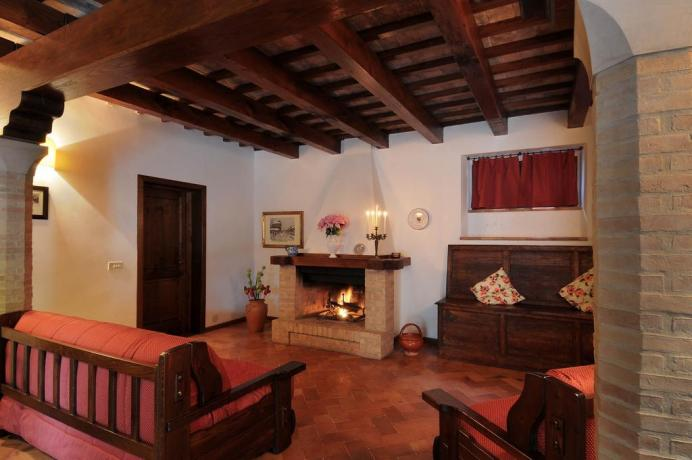 Weekend in Suite con camino in Umbria Soggiorno romantico