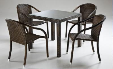OFFERTA Tavoli e sedie Contract di Alta Qualit a prezzi da ingrosso per Hotel Bar Ristoranti