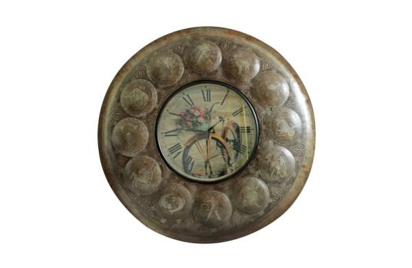 Upcycled Iron Zodiac Sign Clock (Flowers)