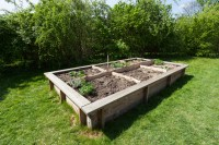 How to Build Raised Garden Beds: Tips for Raised Bed ...