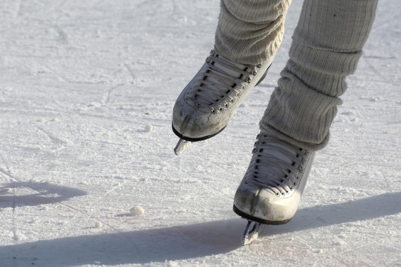 Ice skates also thickness chart how to know when is safe the old farmer   rh almanac