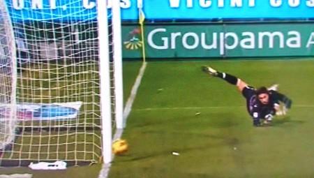 Totti mitiga il risultato e aumenta il bottino personale.