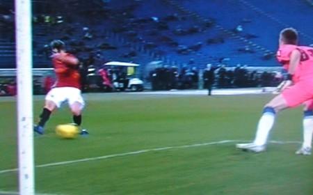 Borini insacca il 3-0. Fiorentina eliminata.