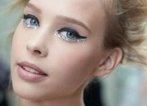 Maquiagem para desfilar nos blocos de carnaval