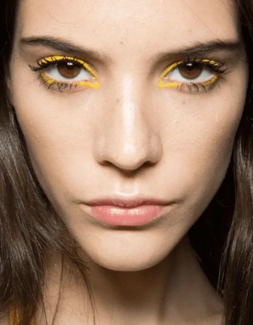 Maquiagens em amarelo