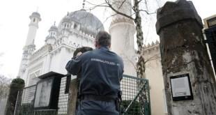 مراقبة المساجد ألمانيا