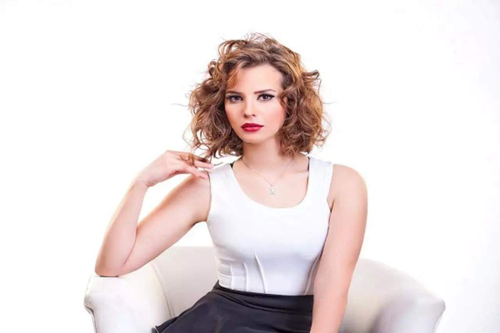 من هي الممثلة المصرية ايمان العاصي ويكيبيديا