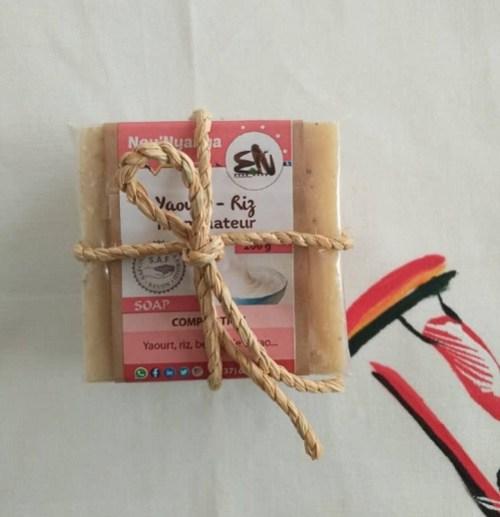nounyanga-savon-illuminateur-yaourt-riz