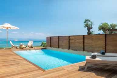 Pavilion Suite outdoor pool (1)