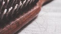تفسير حلم تساقط الشعر بغزارة للعزباء