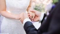 ما تفسير حلمت ان زوجتي متزوجه من رجل اخر وهي على ذمتي ؟
