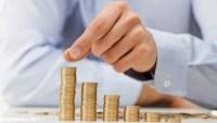 وظيفة علم الاقتصاد هي البحث في كيفية ادخار الاموال