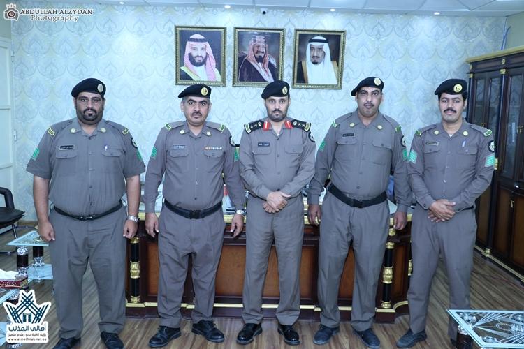 سعادة مُدير مركز شرطة العمار يقلد عدداً من منسوبيهم رتبتهم الجديدة